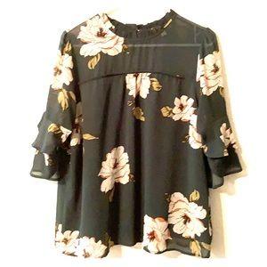 Monteau Floral 3/4 Sleeve Blouse
